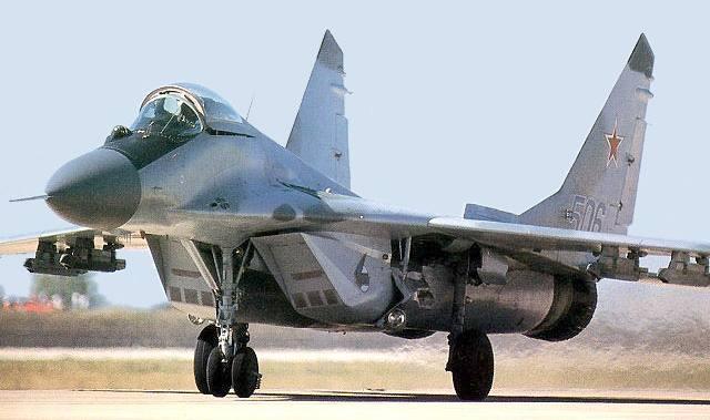 تحطم طائرة حربية بيلاروسيا ومصرع