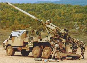 Caesar 155mm 52-caliber gun being loaded