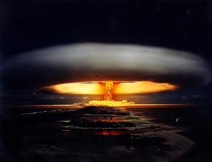 nuclear_bomb_mushroom_cloud